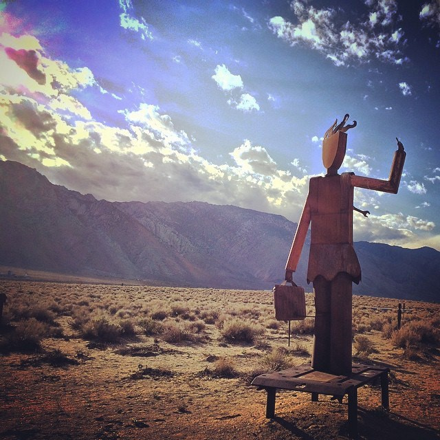 figure-in-the-desert